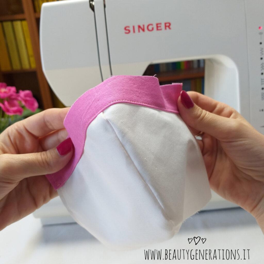Cucire la tasca per il ferretto per il naso