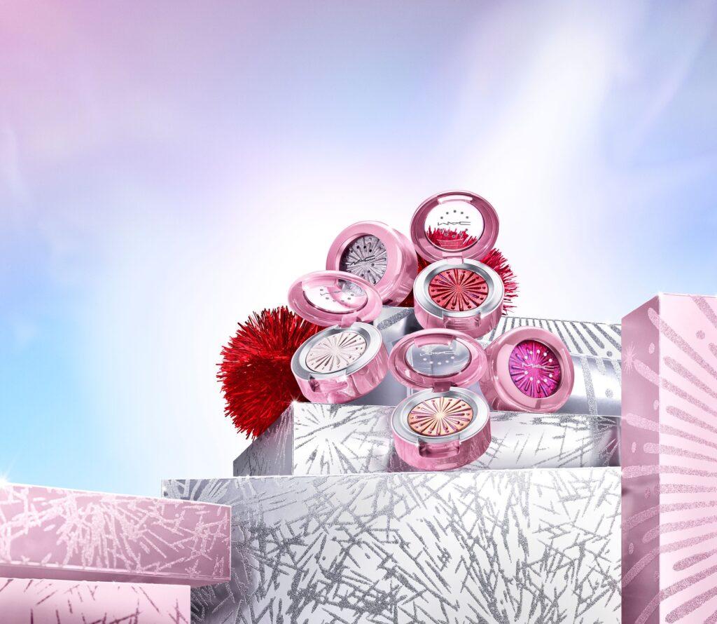Mac Cosmetics Extra Dimension Foil Eye Shadow
